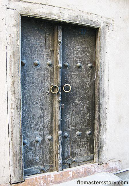 двери в Бухаре