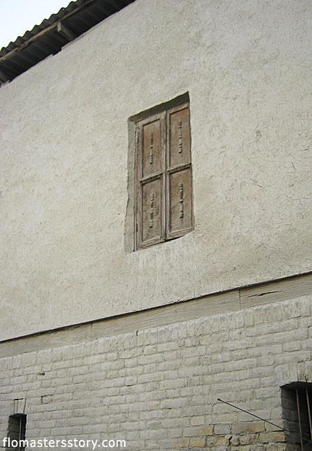 странные двери