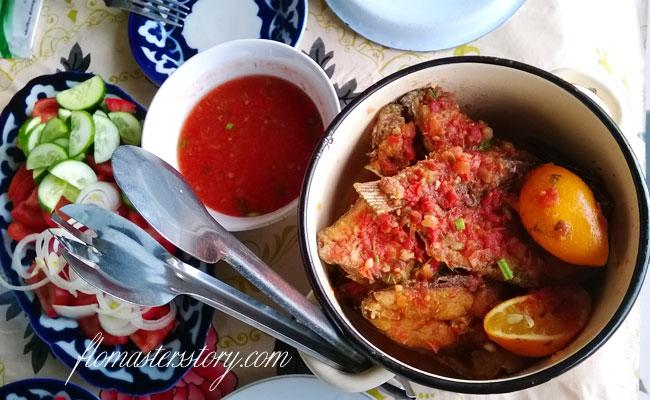 жареная рыба в томате
