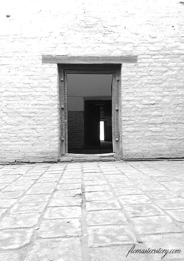 двери в Хиве