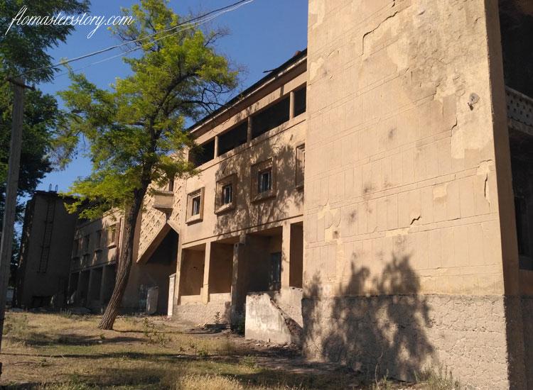 старая гостиница Чирчика