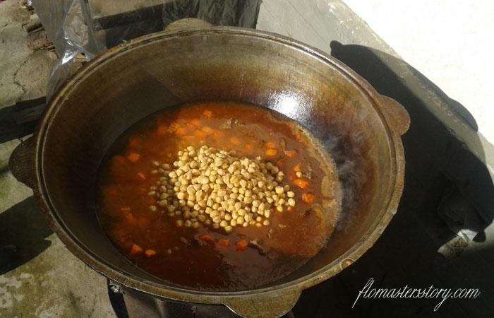 горох нут в супе