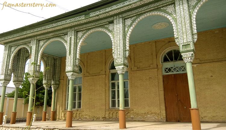во дворце Кагана