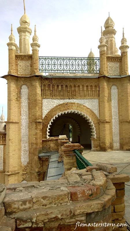на крыше дворца Кагана